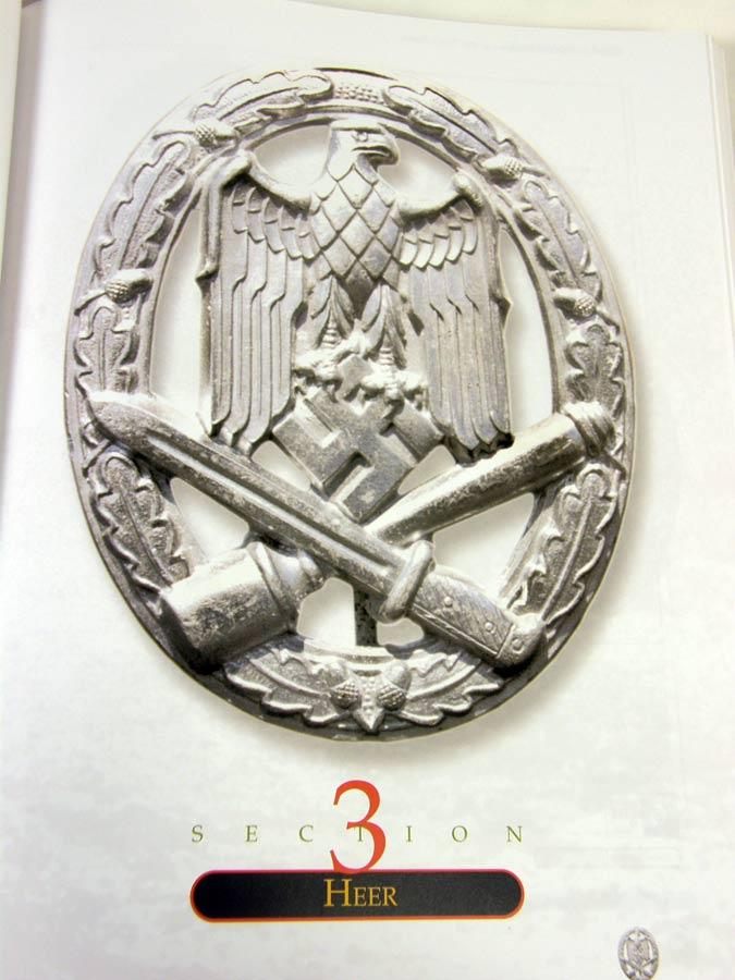 German Combat Badges of the Third Reich, Volume 1